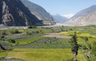 Cover: Improving people's water, energy and food security in this remote valley in Nepal requires taking into account climate change (I. Providoli).